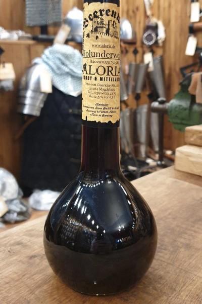 Holunderbeerwein in Elixierflasche