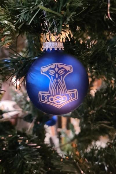 Weihnachtsbaumkugel Thorshammer aus Glas