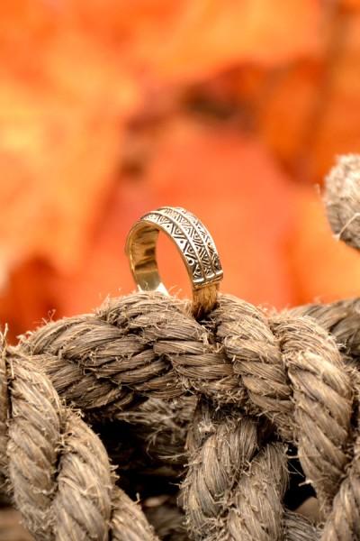 Wikinger Ring Grimhild aus Bronze
