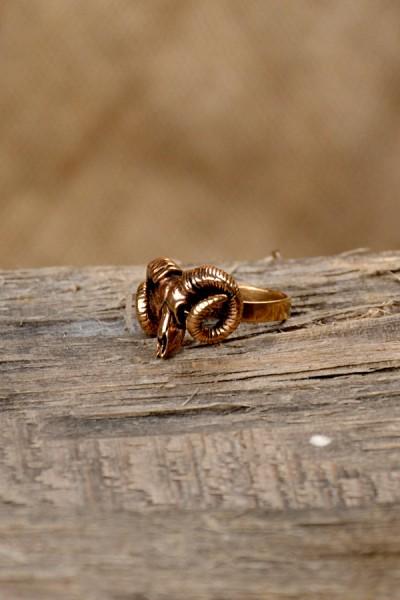 Germanen Ring Widderschädel aus Bronze