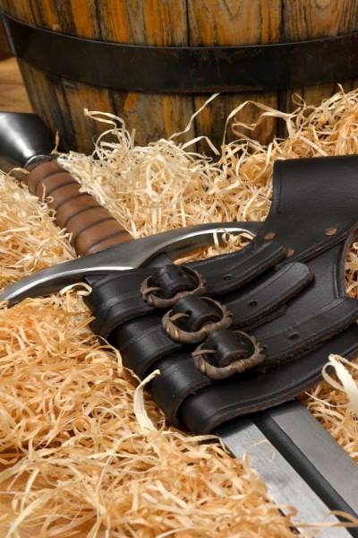 Spätmittelalter Schwerthalter mit Schnallen