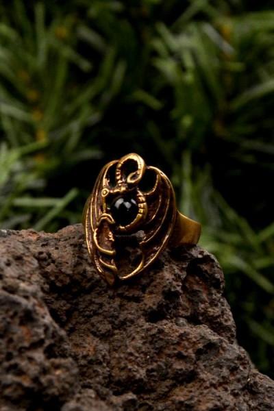Mittelalter Ring Drache mit Onyxstein aus Bronze