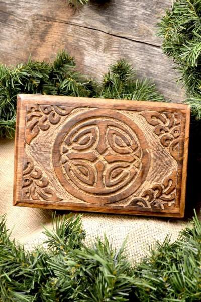 Frühmittelalter Truhe Wikingerschild aus Holz