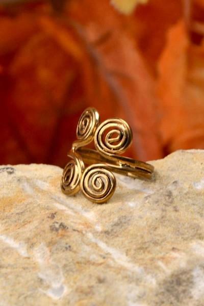 Kelten Ring mit Doppelspirale aus Bronze