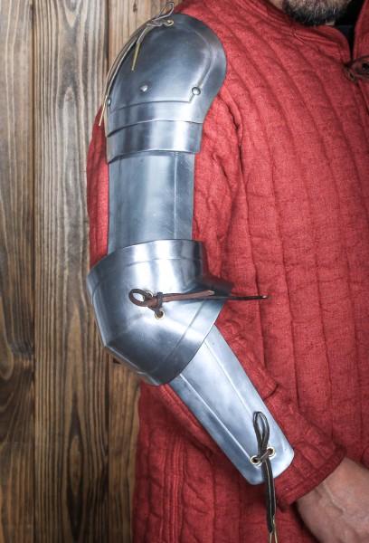 Leichter Armpanzer Rouven aus Stahl von Freyhand
