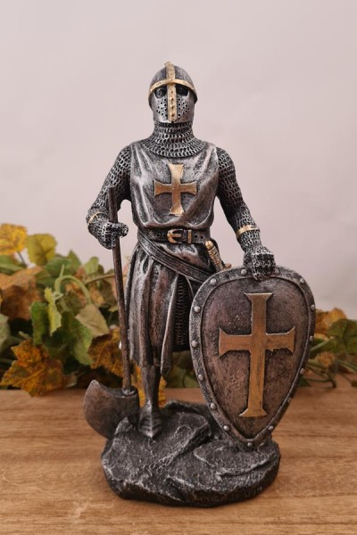Normannen Ritter mit Schild und Axt