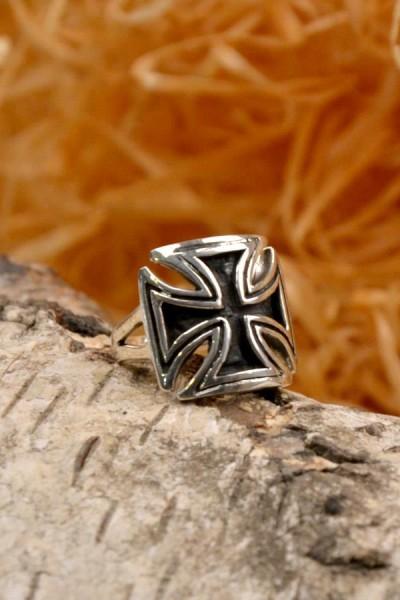 Mittelalter Ring der Kreuzritter mit Tatzenkreuz aus Silber