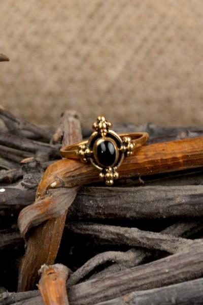 Römer Ring mit Onyx aus Bronze