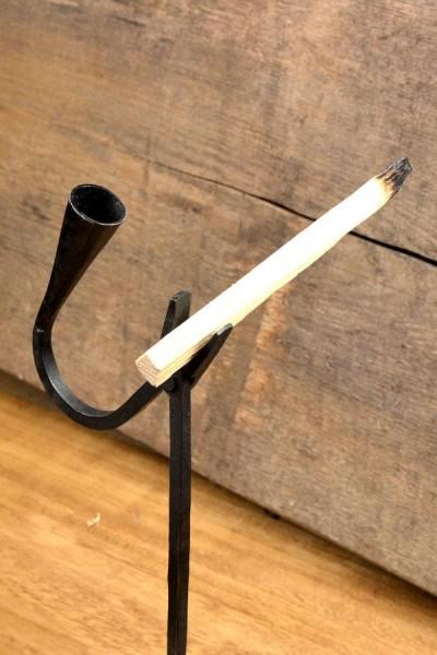 Mittelalter Kienspan & Kerzenhalter zum Einschlagen - handgeschmiedet