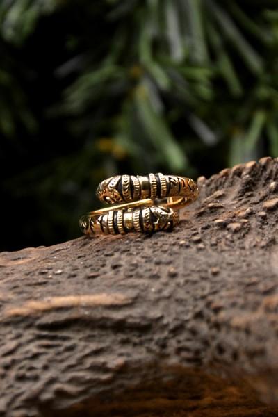 Wikinger Ring Nidhöggr aus Bronze
